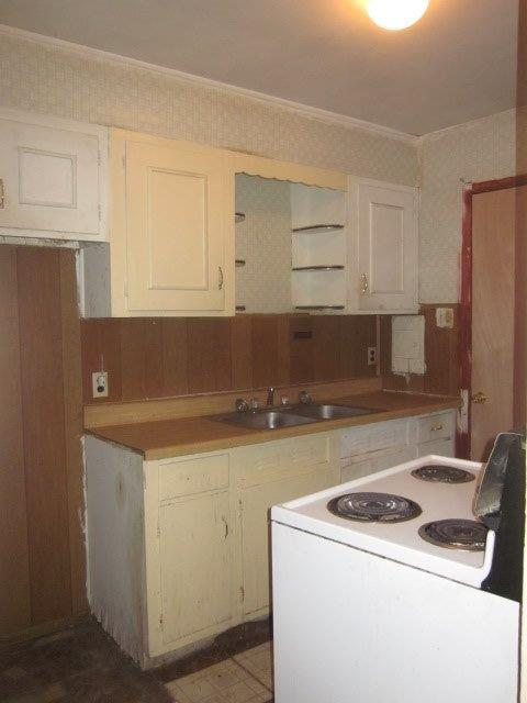 2321_SW_Edgewater_Ter_07_kitchen