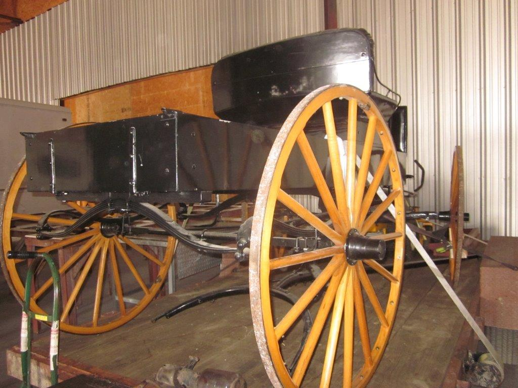 pc_0098_horse_buggy_02
