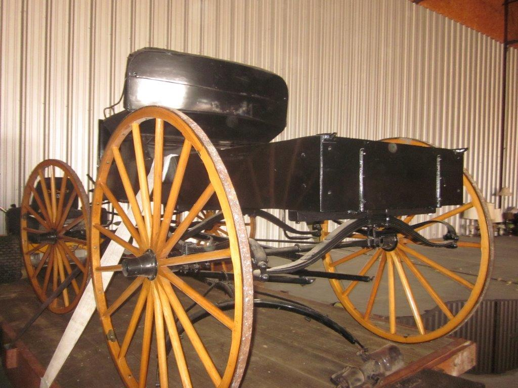 pc_0098_horse_buggy_03